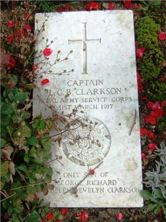 Capt Clarkson's Grave in Boulogne